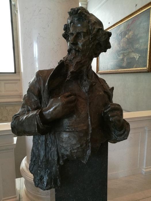 Statua-bronzo