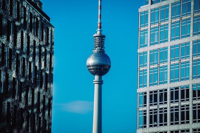 La torre della televisione di Berlino e la Vendetta del Papa