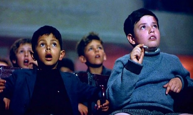 scena del film Cinema Paradiso